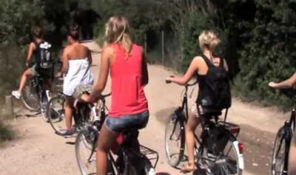 With Costa de Valencia, Spanish language school on excursion to Albufera by bike
